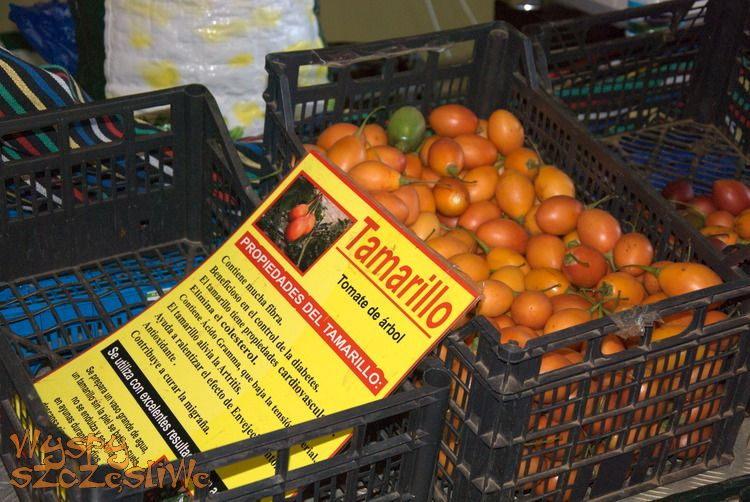 Tamarillos, czyli pomidory rosnące na drzewach, targ w La Guancha